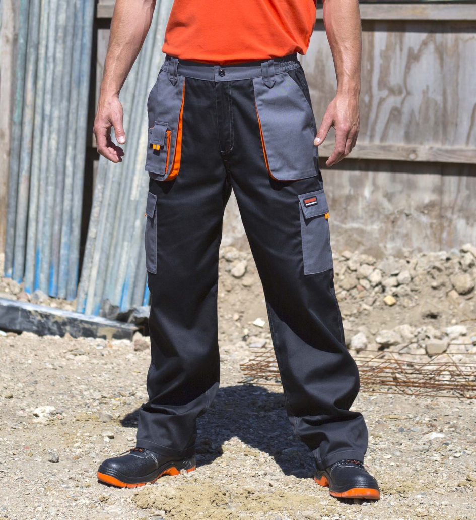 Men trousers with multi-pockets and reflective contrasts