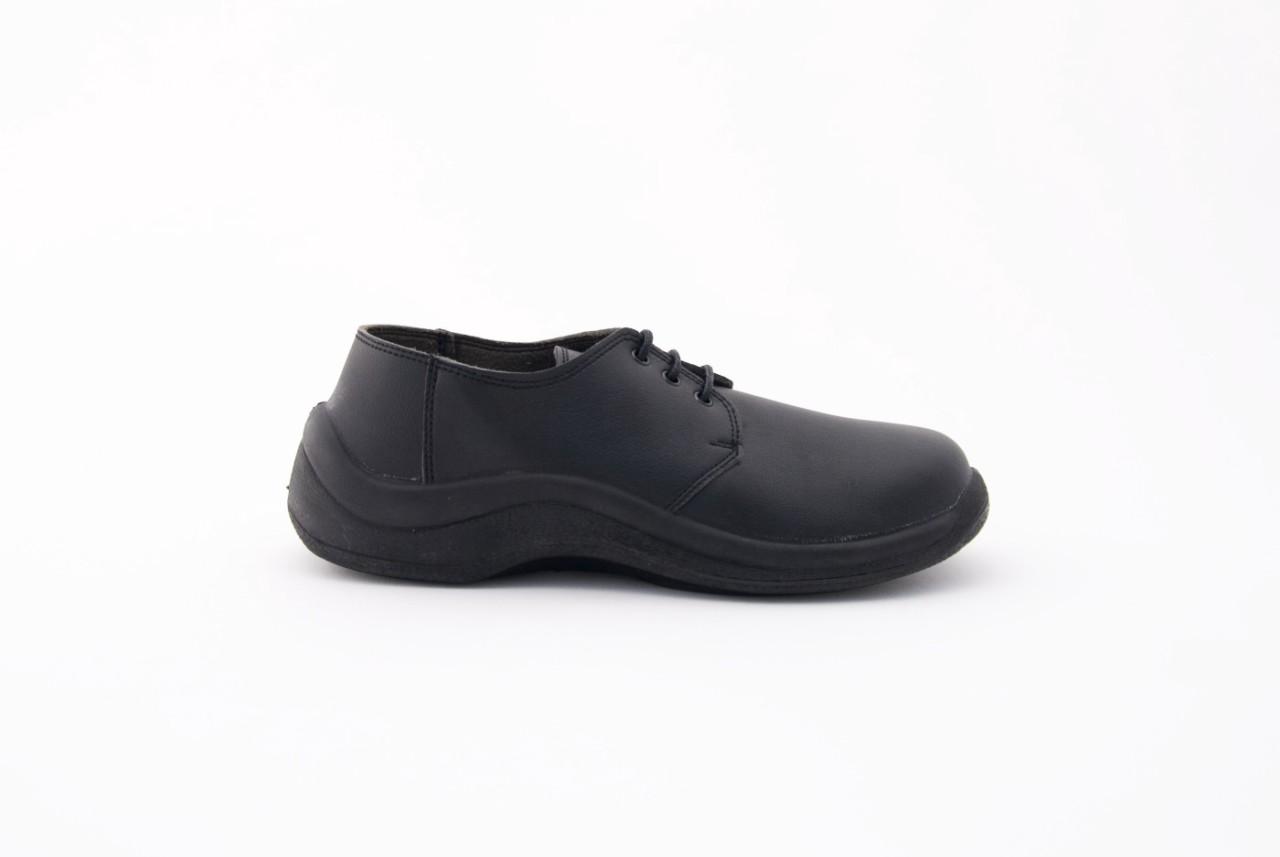 Sapato unissexo com botões